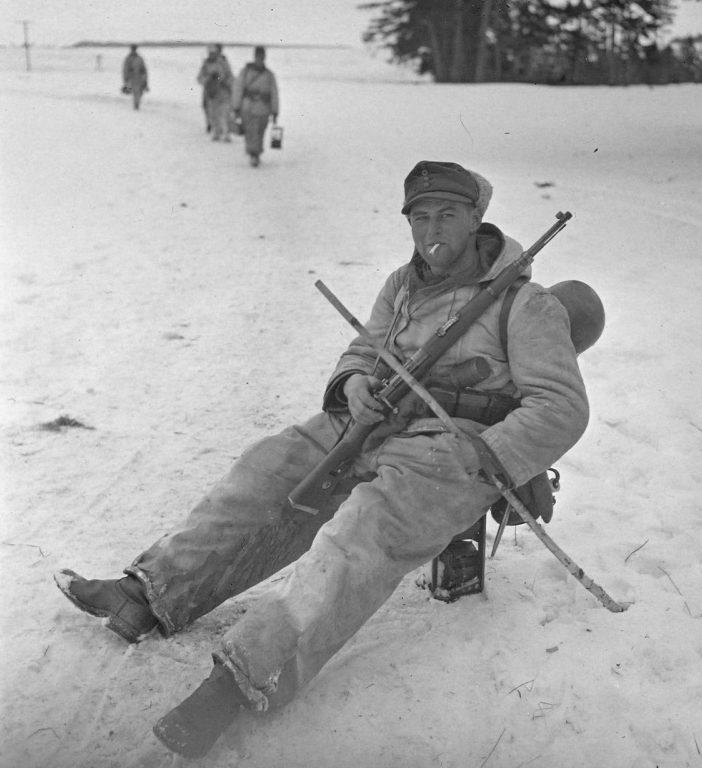 Перекур горного егеря. Восточный фронт.1942 г.