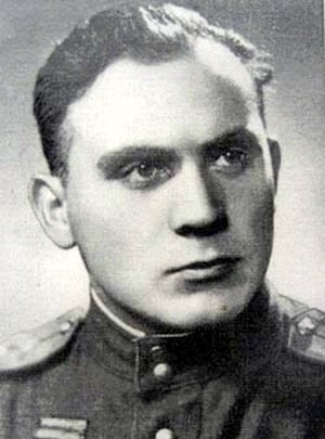 Николаев Евгений Адрианович одержал 324 победы.
