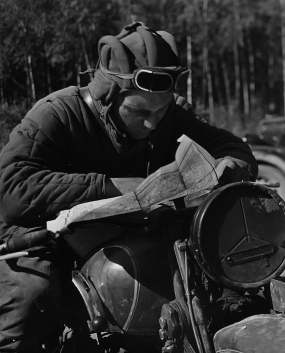 Танкист-разведчик. 1944 г.