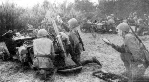 Минометы на мотоциклах «Харлей Девидсон». Польша. 1944 г.