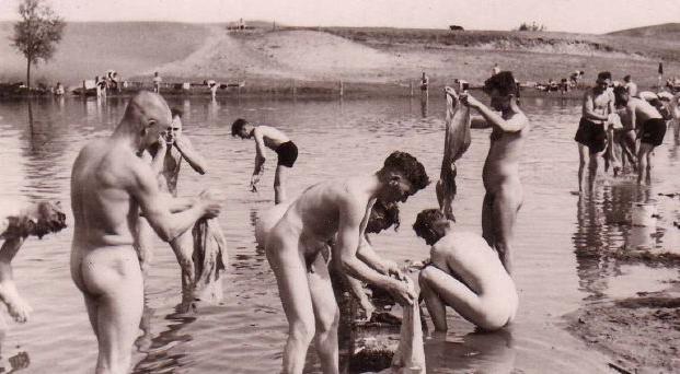 Массовая стирка с купанием.