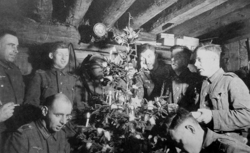 Рождество 1942 года в блиндаже.