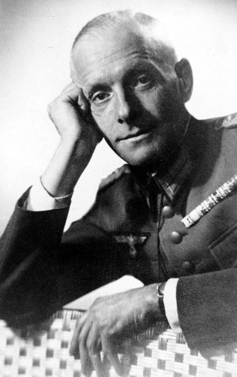 Генерал-майор Ханс Остер