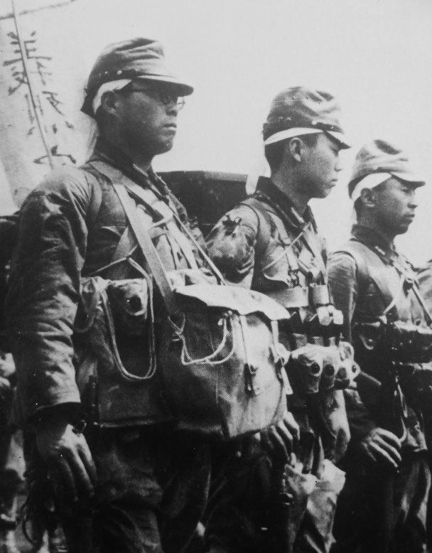 Десантники «Гирецу кутейтай» на острове Кюсю. Май, 1945 г.