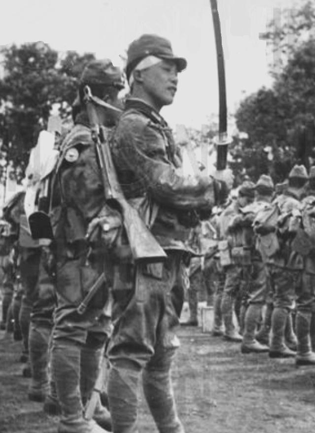 Десантники «Гирецу» на аэродроме Кенгун. Май, 1945 г.