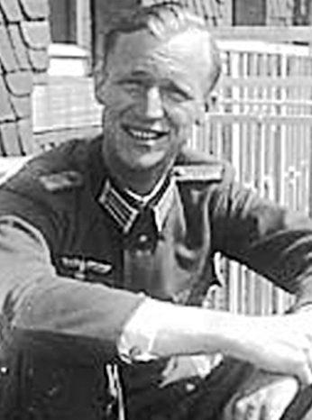 Ротмистр Бергхоф Эберхард фон Брайтенбух.