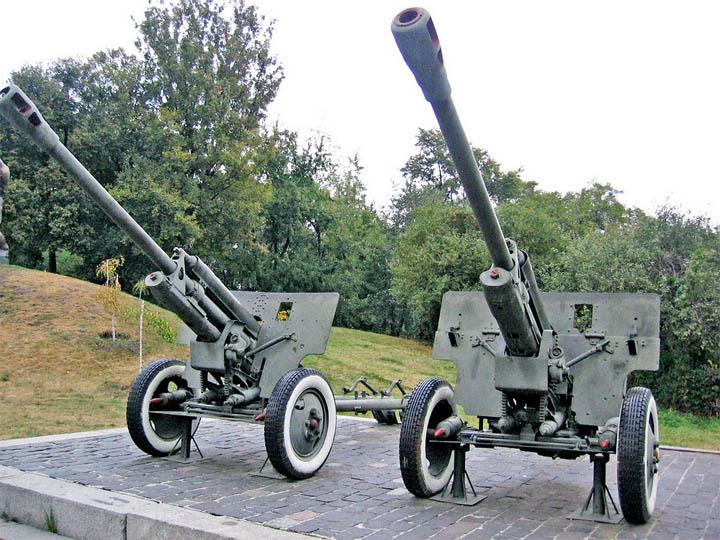 Экспонаты Национального музея истории Украины во Второй мировой войне.