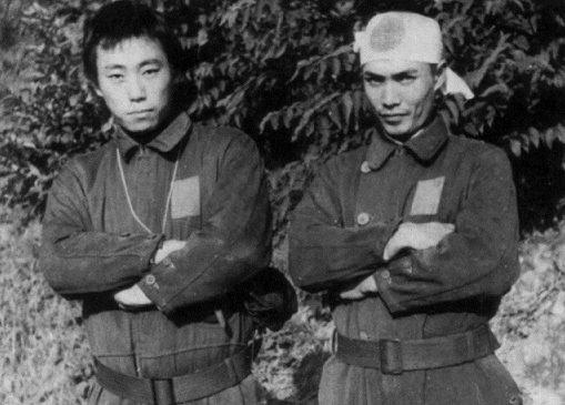 Изобретатели «Кейтэн» Куроки Хироси и Нисима Сэкио.