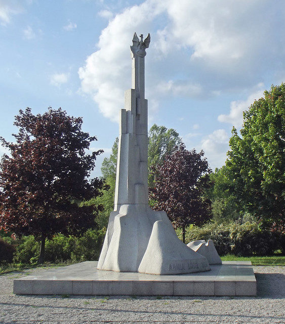 г. Лодзь. Памятник армии «Лодзь», продержавшейся неделю после начала Второй мировой войны.