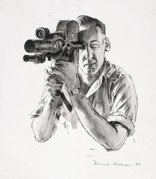Adams Dennis. Военный кинооператор.