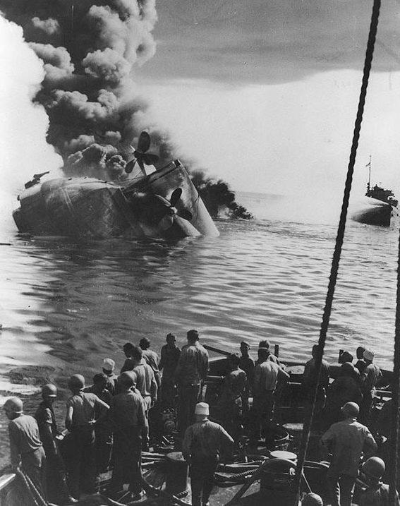 Потопленный «Кейтэн» танкер «Mississinewa». 1945 г.