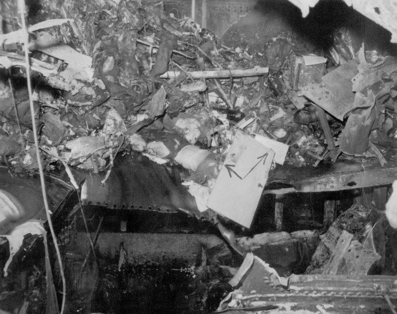 Разрушенные на авианосце «Саратога» после атак камикадзе. Февраль, 1945 г.
