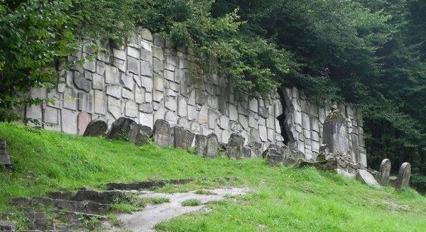 Казимирская стена плача.