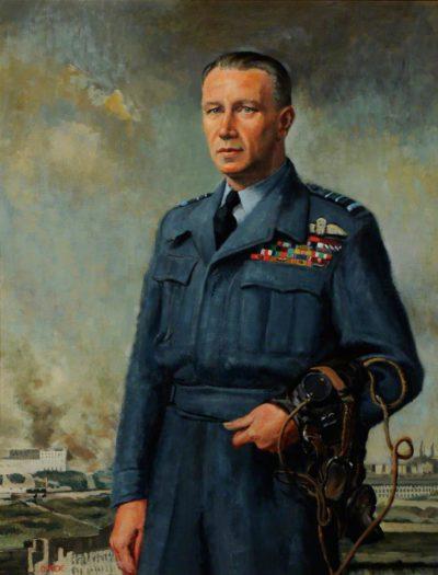 Orde Cuthbert. Маршал авиации Hugh P. Lloyd.