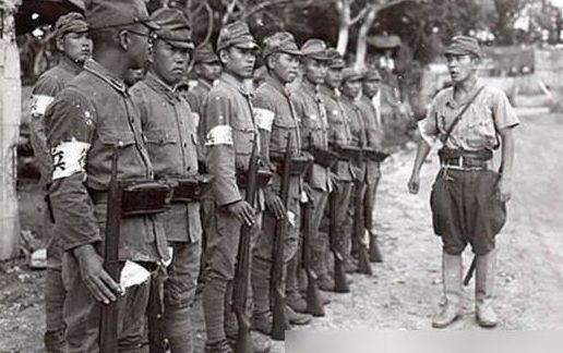 Одно из подразделений «Фунг ронг» - «крадущихся драконов». 1945 г.