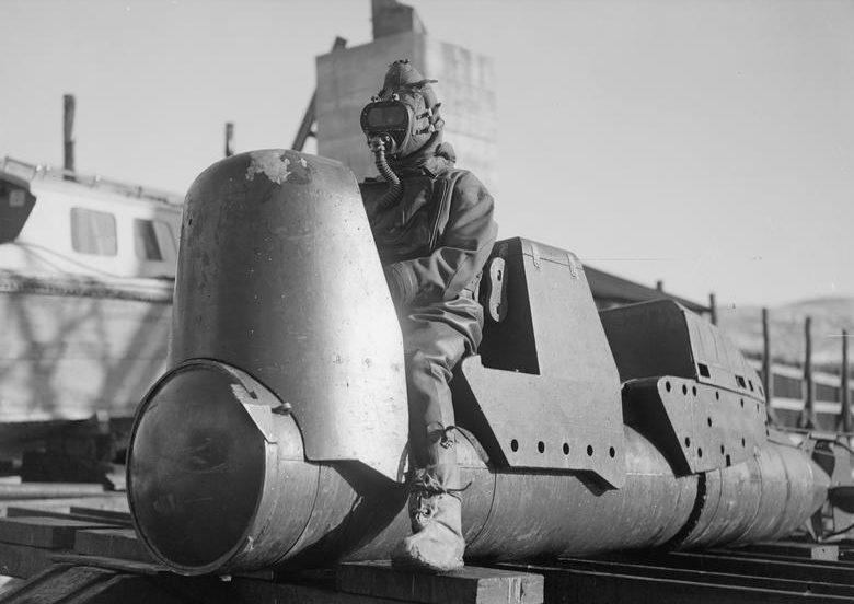 Британская человеко-торпеда Mk.I Chariot без боеголовки. Март 1944 г.
