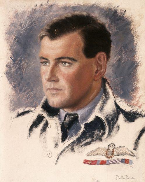 Bowen Stella. Капитан Hughie Edwards.
