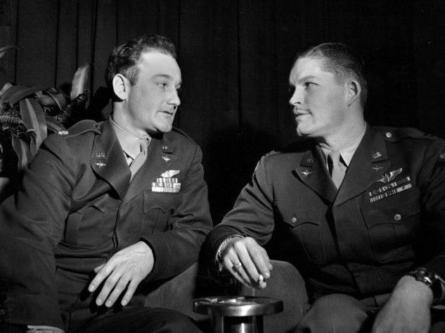 Томас Фриби и Кермит Бехан. Первый сбросил бомбу на Хиросиму, второй - на Нагасаки.