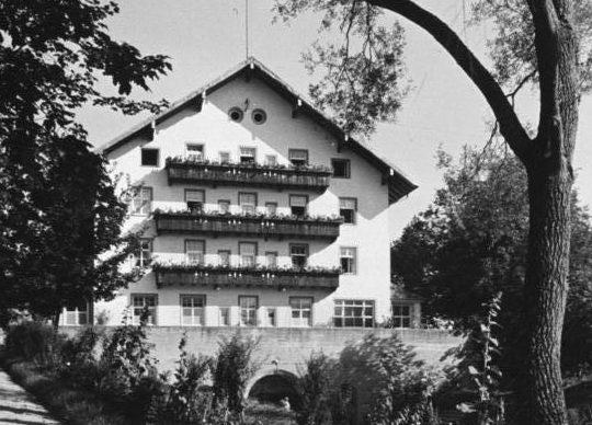 Дом матери (роддом) в Штейнхёринге, 1938 г.