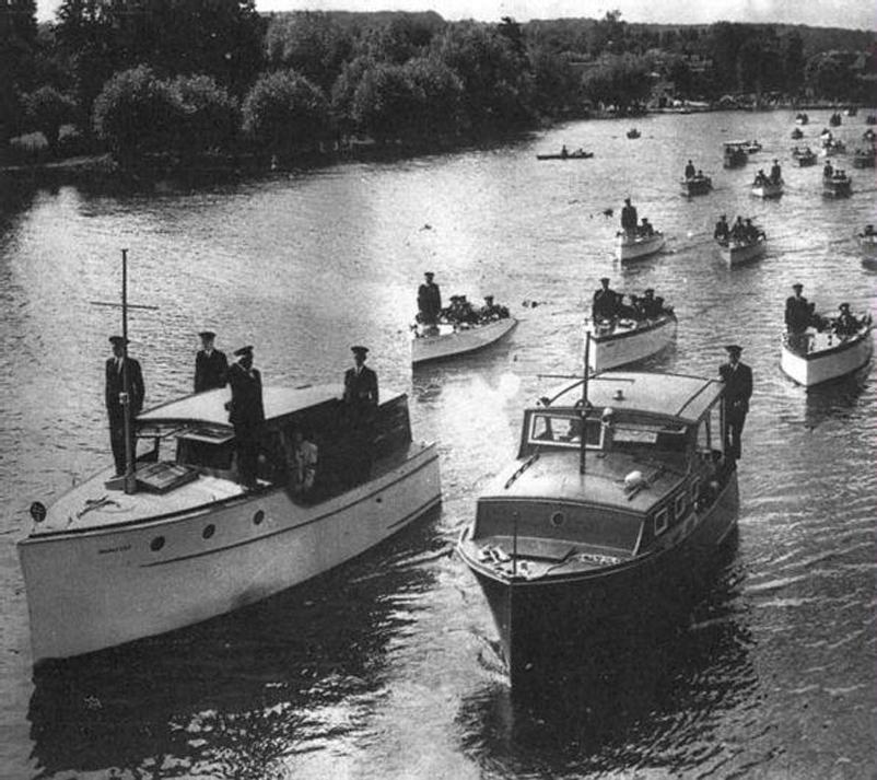 Гражданские катера собираются в поход в Дюнкерк. 26 мая 1941 г.