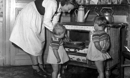Дети, кухня, церковь.