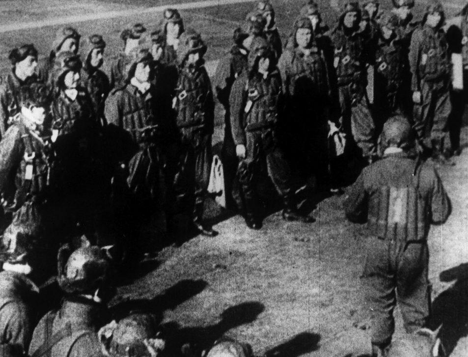 Японские летчики перед налетом на Перл-Харбор. 7 декабря 1941 г.