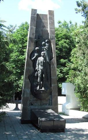 Памятник защитникам Одессы.
