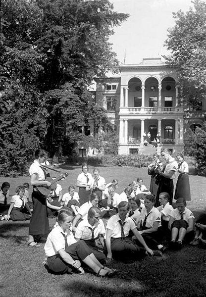 Девушки из учебного центра BDM. Потсдам. Август 1935 г.