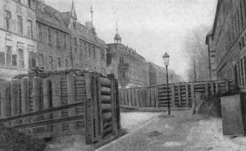 Баррикады на улицах Кенигсберга.