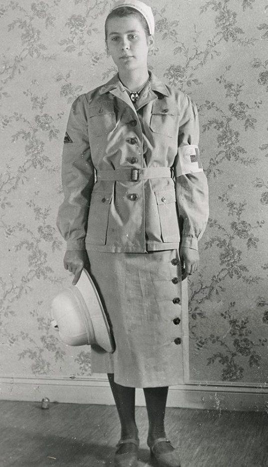Женщины служащие Германского Красного Креста.