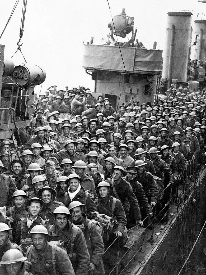 Британские войска на пути домой.