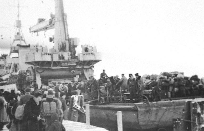 Эвакуация беженцев и солдат из Восточной Пруссии. Март 1945 г.