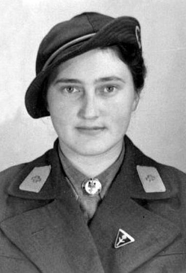 Женщины-служащие вспомогательной службы медицинского и бытового обслуживания Вермахта.