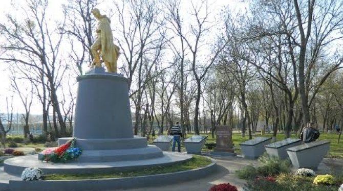 с. Березовка Балтского р-на. Братская могила воинов, погибших в годы войны.