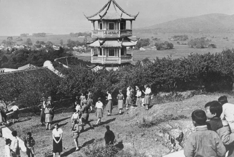 Знакомство девушек из BDM с окрестностями города. 1934 г.