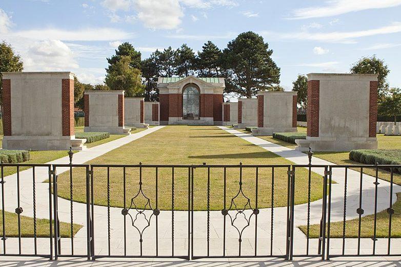 Мемориальное кладбище в Дюнкерке.