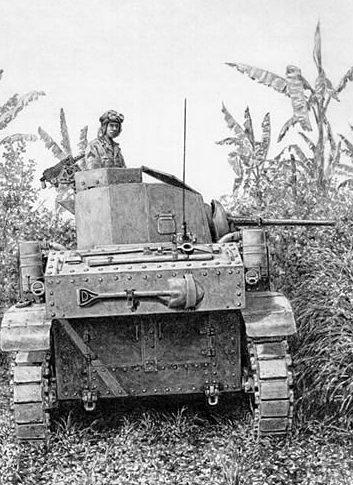 Harmon Jody. Танк M3 Stuart в джунглях.
