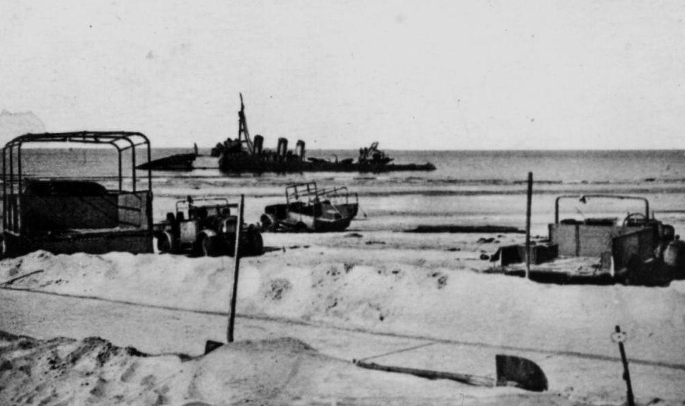 Брошенная техника на пляже Дюнкерка. 30 мая 1940 г.