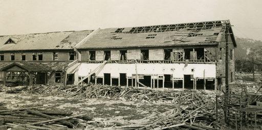 Разрушенная швейная фабрика. Август 1945 г.