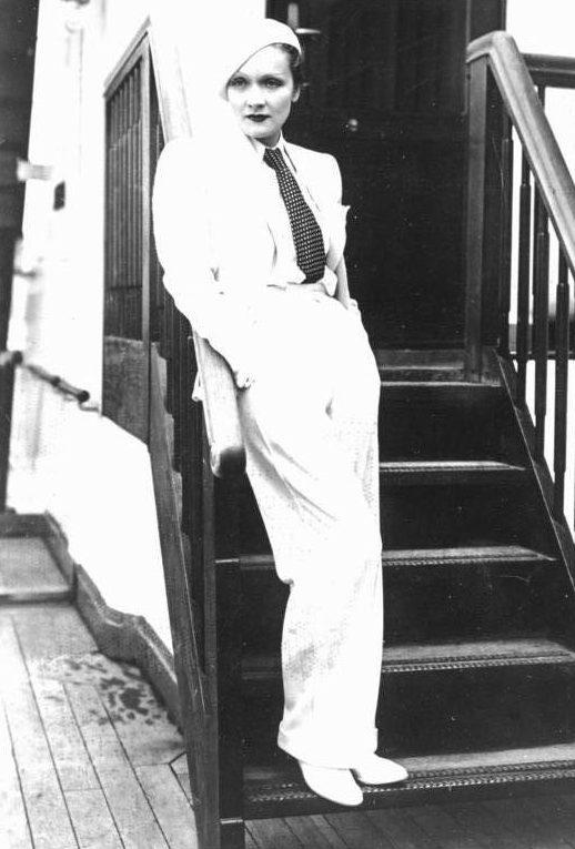 Актриса Марлен Дитрих. 1933 г.