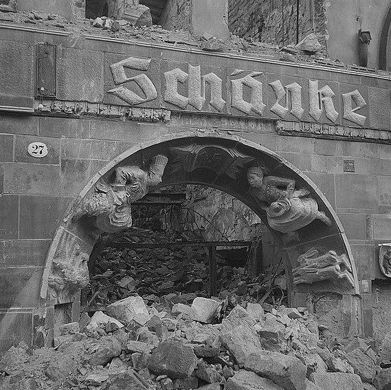 Виды разрушенного Дрездена. Февраль 1945 г.
