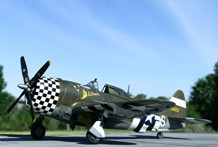 Robertson Ian. Истребитель Р-47.