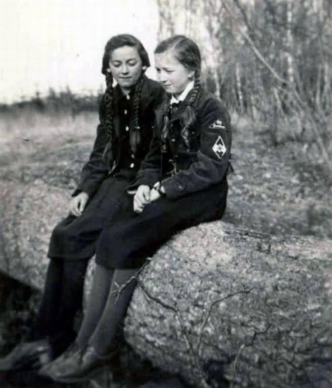 Униформа Союза девочек.