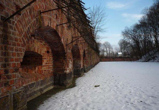 Внутренний двор зимой.