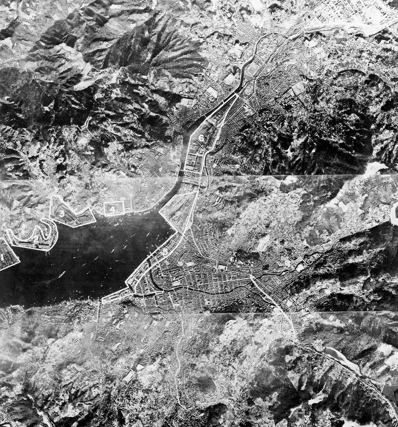Аэрофотосъемка Нагасаки, сделанная за четыре дня до бомбардировки. Август 1945 г.