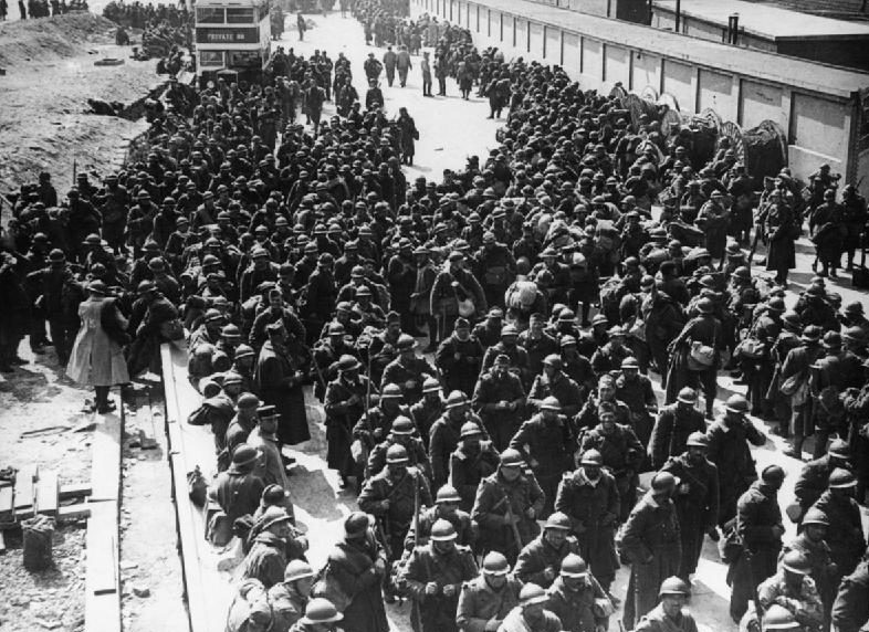 Французские войска, эвакуированные из Дюнкерка, прибыли в Великобританию. Июнь, 1940 г.