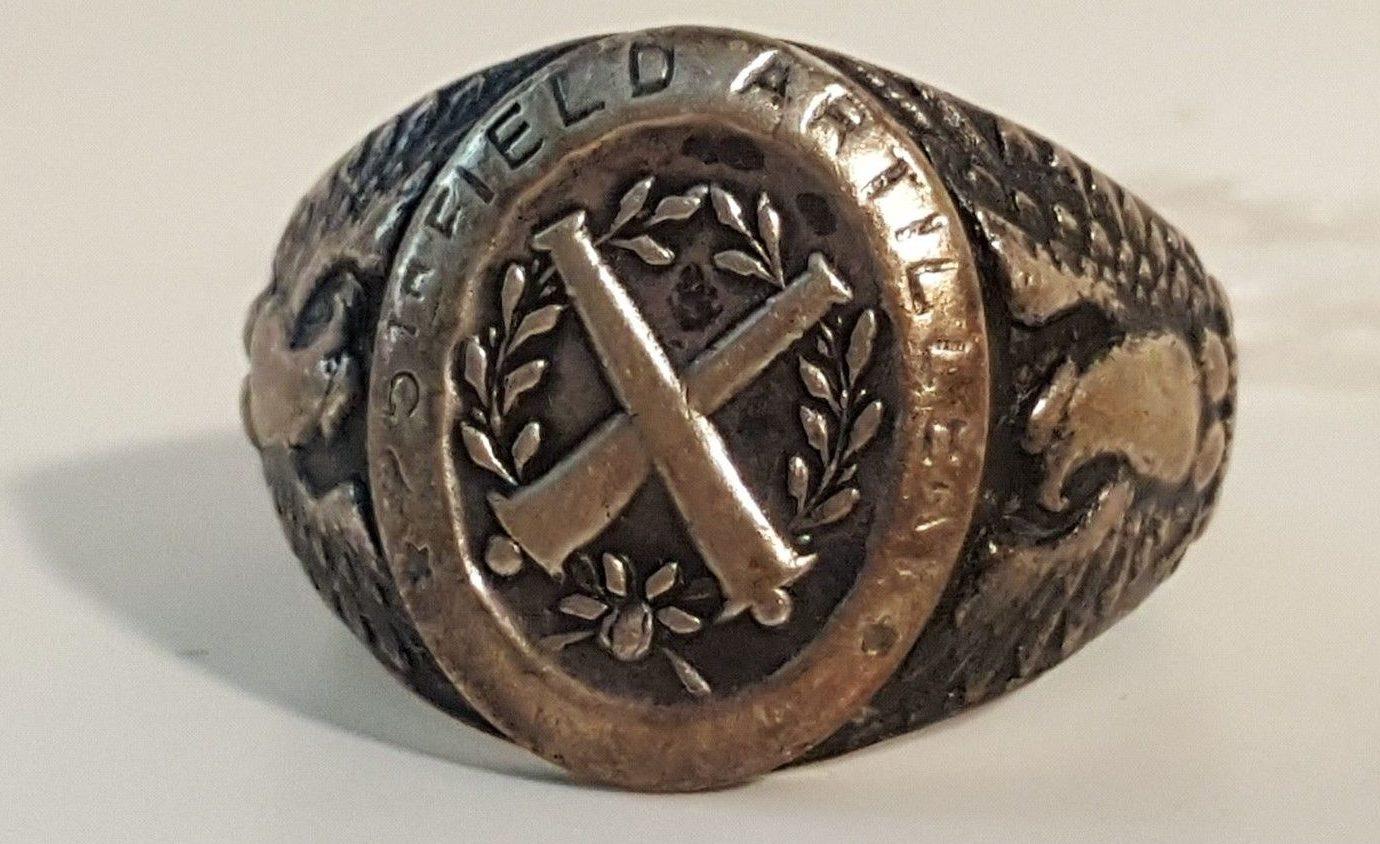 Кольцо полевой артиллерии из серебра.