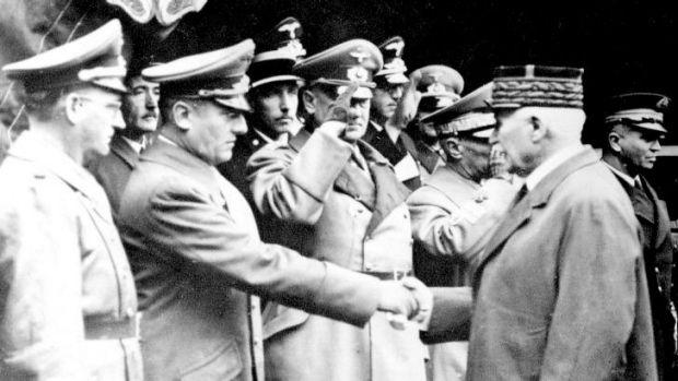 Отто Абец и Филипп Петен. Париж.1941 г.