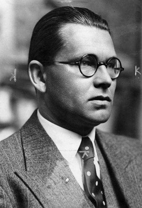 Филипп Боулер. Начальник канцелярии руководителя партии. 1938 г.