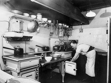 Кухня в военное время.